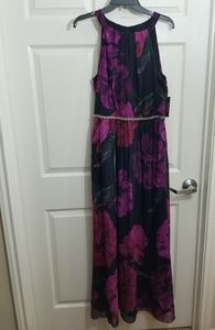 New!!! Floral gorgeous maxi dress with beading